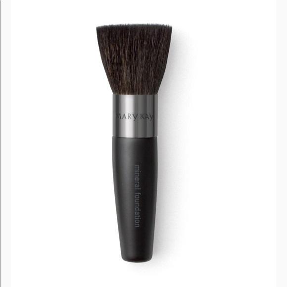 Mary Kay Mineral Powder Foundation Brush